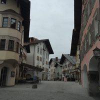 Kitzbühel Stadt. (2)
