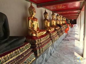Wat Pho: Buddhas.