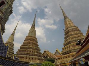Wat Pho: 3 große Chedi Rai. (3)
