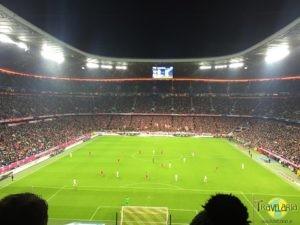 Muenchen-Allianz-Arena-Fussballspiel