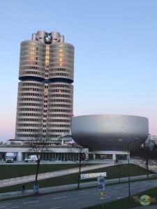 Muenchen-BMW-Headquarter-1